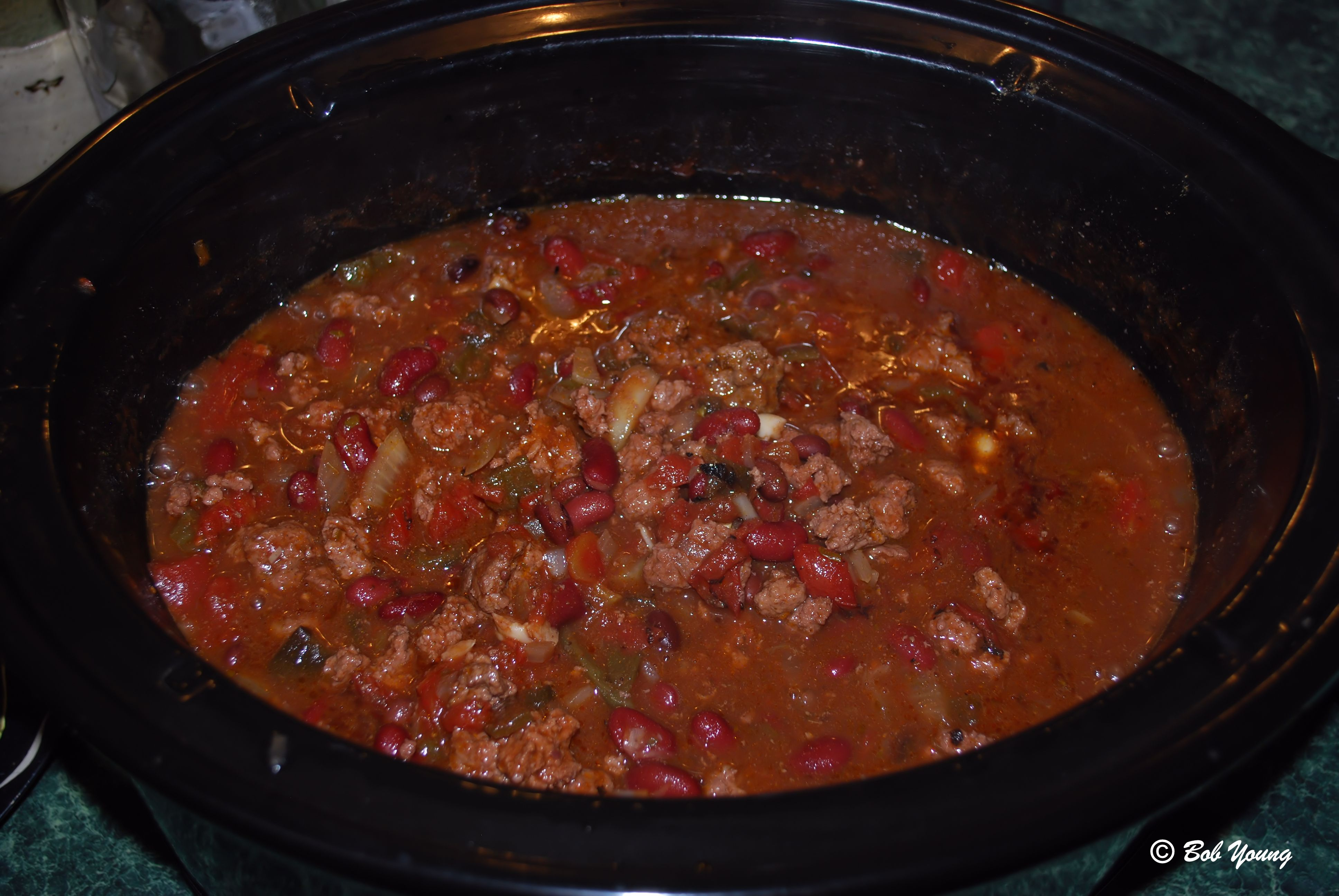 15dec2012_1_moms-chili_in-pot-cooking.jpg