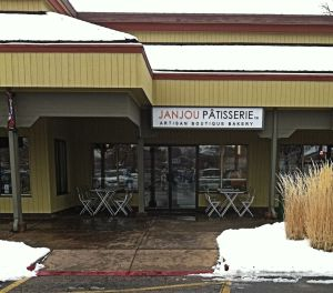 09Jan2013_1b_Janjou-Patisserie_Front-Sign