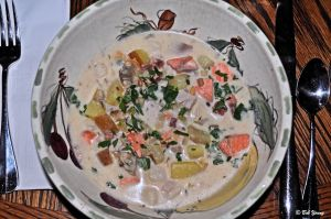 08Mar2013_1a_Fish-And-Shellfish-Chowder_Best
