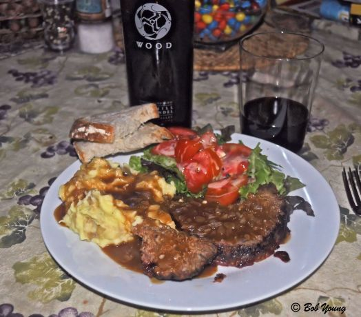 03Aug2013_1a_Captains-Shack_Grilled-Meatloaf_Plated-Best