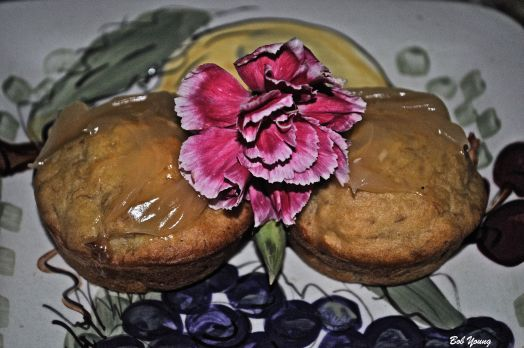 Banana Cup Cakes with Lemon Curd Wow! A super dessert by Robin.