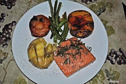 Alaskian Coho Salmon Baked Potato Sauteed Fresh Green Beans with Garlic Grilled Pluots and Peach We served this with a Republic of Georgia Red and a Dessert White wine.