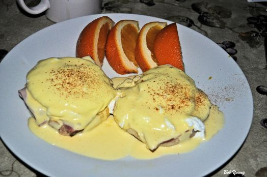 02Feb2014_Captains-Shack_Eggs-Bennedict_Plated