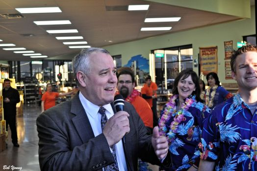 Boise's Mayor Dave Bieter opens the store. Thank-You Mr Mayor for taking time from your busy schedule and attending.