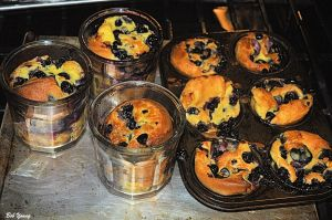 09Mar2014_2_Captains-Shack_Blueberry-PopOvers_Out-of-Oven