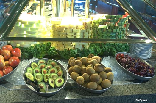 How many salad bars have avocados? Or Kiwi? And a good selection of fresh fruit?