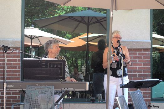 Ken Harris on keyboards and the charming Carmel Crock on vocals. The Dynamic Duo!
