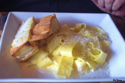 Robin then had Pasta Alfredo Picky and Proud! A delightful change from the spiciness of her appetizer of goat cheese.
