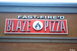 26Nov2014_2_Foodie-Guild-RestVisits_Blaze-Pizza_Sign