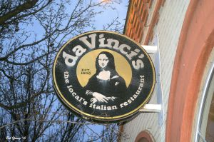 05Feb2015_1a_DaVincis-Eagle_Sign