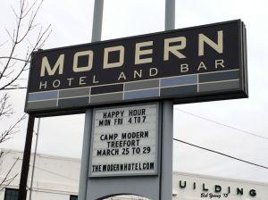 14Mar2015_1_Modern-Hotel_Sign
