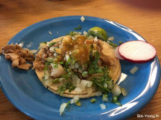 An appetizer of Cabeza Pork Taco.