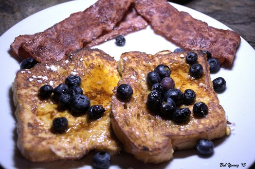 Brioche French Toast with  Blueberries and Powdered Sugar Turkey Bacon