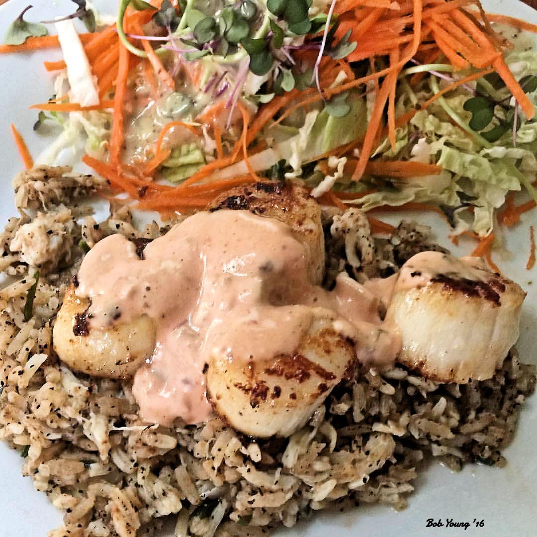 Braised Scallops on Crab Rice Green Salad